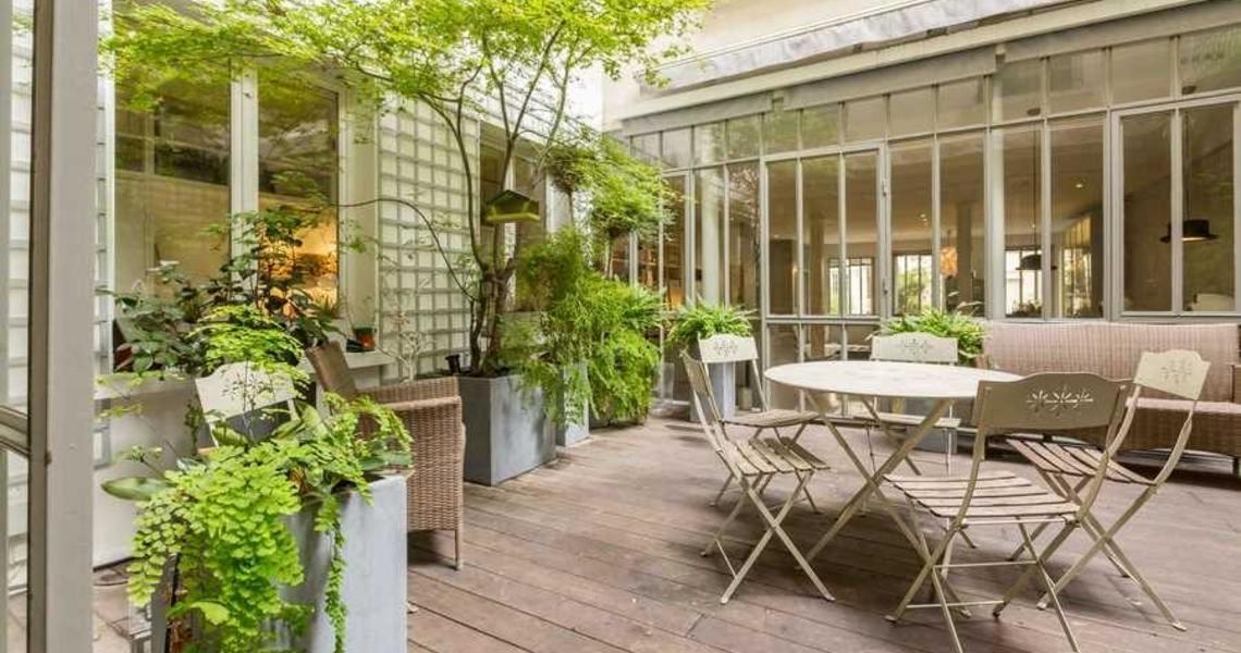 Loft avec un patio-jardin dans le 1er